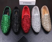 baskets sapato achat en gros de-Designer luxe Hommes Mocassins Appartements Glittering tudded Rivet Spike Hommes Robe Chaussures Slip On Sapato Feminino Chaussures De Retour