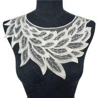 colares de penas branco venda por atacado-30 CM Branco Bordado Lace Feather Leaf Collar Apliques de Malha Do Vintage Guarnições Costurar No Remendo Para O Casamento Vestido de Noite DIY