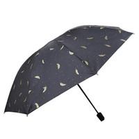 casacos de penas pretas venda por atacado-Pena Sombra Do Sol Umbrella Preto Branco Pena Ensolarado Chuvoso Umbrella Três Dobrável Revestimento Preto Vinil Protetor Solar BH1394 TQQ Umbrella