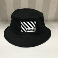 beyaz geniş ağza şapka toptan satış-Yüksek kalite beyaz Seyahat Balıkçı Eğlence Kova Şapka Düz Renk Moda Erkek Kadın Düz Top kapalı Geniş Brim Yaz Kap Bowler Kap