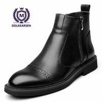 botas de seguridad clásicas al por mayor-DOLKEARSEN 2018 Botas de cuero de invierno Zapatos de seguridad de trabajo ocasionales de negocios punta estrecha Classic Zipper Botines de moda D8016