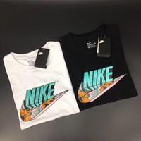 camisas de verano para hombres al por mayor-Camiseta de verano New Men T Shirt Marca de moda Camisetas Sport Tops Venta caliente Camisas casuales S-3XL