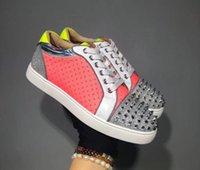 demir grisi toptan satış-Tasarımcı Sneakers Kırmızı alt Spike Düz Velours Süet Sneakers Demir Gri erkekler eğitmenler 100% gerçek deri Parti ayakkabı mn189607