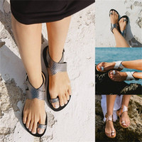 Wholesale big bottom sandals for sale - Group buy Cross Band Sandals Bright Colors Single Shoes Ladies Open Toe Flat Bottom Summer Beach Big Code wya f1