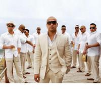 ingrosso lino si adatta agli uomini-Nuovi abiti da sposa in lino beige Abiti da sposo da spiaggia 3 pezzi (giacca + pantaloni + gilet) Abiti da sposo Abiti da uomo Blazer da uomo su misura