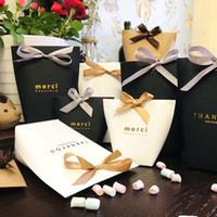 şeker poşetleri toptan satış-Merci Şeker Çanta Fransız Teşekkür Ederim Düğün Iyilik Hediye Kutusu Lüks Siyah Beyaz Bronzlaştırıcı Düğün Iyilik Hediye Kutusu