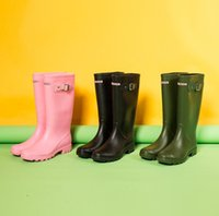 ingrosso alti stivali acqua-Donne Rainboots Moda Ginocchio-alti Rain Boots alti pattini impermeabili Welly stivali di gomma da pioggia nuova acqua rainshoes vendita calda