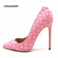 zapatos de tacones rosa bebé al por mayor-Diseñador casual Sexy lady fashion baby pink fish scale pétalo puntiagudo mujeres fiesta de noche zapatos de tacón alto bombas 12 cm 10 cm 8 cm