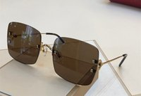 lentes rojos gafas de sol mujeres al por mayor-Lujo 0153 Gafas de sol para mujer Diseñador Moda popular Verano estilo marco de saure Lente de protección UV de calidad superior Viene con el paquete rojo