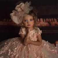 kızlar için pembe dantel şortu toptan satış-2019 Yeni Ucuz Çiçek Kız Elbise Düğün İçin Kısa Kollu Pembe Dantel 3D Aplikler Boncuklu Backless Doğum Günü Çocuk Kız Pageant Abiye