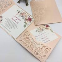 convites de casamento roxos imprimíveis venda por atacado-Novo Estilo Único A Laser Cut Convites De Casamento Cartões de Alta Qualidade personalizado Flor Oco Cartão de Convite De Noiva Barato
