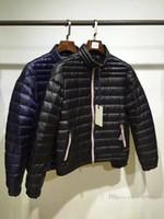 qualität herren jacken großhandel-Herbst und Winter Neue Mens Designer Jacken Stehkragen Licht Hohe Qualität Luxus Weiße Gans Daunenjacke
