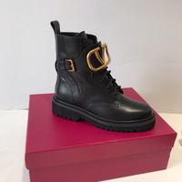 saltos de sapatos graffiti venda por atacado-2019 botas de grife de luxo das Mulheres de Nova Moda Flock Plataforma de Salto Alto Mulheres Outono Inverno Ankle Boots Casuais Sapatos 35-40 cx190803
