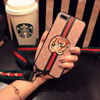 schmetterlingsseil großhandel-Großhandel frauen designer telefon fällen für iphone xs max xr x xs 7 8 6 plus europäischen stil tiger biene rose butterfly tier abdeckung mit seil