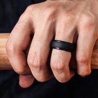 anéis de borracha branca venda por atacado-Wedding Bands suave silicone de borracha para Homens Mulheres Anéis preto / branco / cinza / Cor Azul Jóias Casual