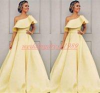 vestido amarelo vestidos juniors venda por atacado-Elegante Um Ombro Vestidos de Noite Bola Amarelo Juniors A Linha Cetim Plus Size Prom Vestidos Vestido de noche Formal Pageant Vestido de Festa