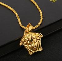 sıcak i̇sa kuyumculuk askıları toptan satış-Sıcak hip hop medusa Kolye Kolye erkekler için mesih altın kolye Kolye PUNK Gerdanlık moda Takı aksesuarları