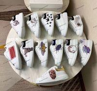 zapatos casuales de flores al por mayor-2020 Nuevo cuero de lujo Casual Zapatos Hombres Mujeres plataforma del diseñador clásico de las zapatillas de deporte 5D impresa flor Tenis zapatos para caminar Chaussures