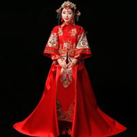 toast weinlese großhandel-Braut Cheongsam Vintage chinesischen Stil Hochzeitskleid Retro Toast Kleidung Lady Stickerei Phoenix Gown Ehe Qipao rote Kleidung