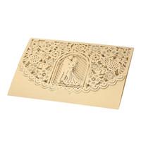 gelin davet kağıtları toptan satış-Düğün Davetiyesi Kartı Kapak Inci Kağıt Lazer Kesim Gelin Damat Desen Davetiye Kartları Zarflar Düğün Dekor