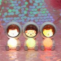 ingrosso luci di festa di notte-Illuminazione da tavolo Lampade da tavolo Lampadine notturne Lampade da tavolo da cartone animato Nursery Star Moon Astronaut Table Lights JK0380