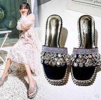 sandálias de dedo do pé aberto venda por atacado-Nova Moda Feminina Verão diamante pele brilhante dedo aberto sandálias de salto de espessura sola de inclinação