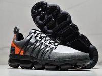 zapatillas para correr al por mayor-buen precio 2019 Run Utility Running Shoes, zapatillas de deporte de entrenamiento, zapatillas de caucho hermosas y sencillas, zapatillas de calle acolchadas y acolchadas