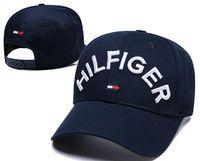 оранжевая шляпа для охоты оптовых-2019 Дизайнерские головные уборы с английской буквой Вышивка Бейсболка на открытом воздухе весной и летом Солнечная кепка Спорт Хип-хоп Роскошные кепки Для мужчин, женщин