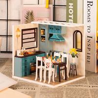 plastik sandalye sash tokaları toptan satış-DIY Ev Dekorasyonu heykelcik DIY El Yapımı Odası Ahşap Minyatür Maket Dekorasyon Dollhouse Doğum Hediye