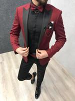 parlak polyester pantolonlar toptan satış-Koyu Kırmızı Parlak Erkek Takım Elbise Resmi Düğün Smokin Groomsmen Gelin Erkekler Yemeği Takım Elbise Eğlence Blazers Kıyafet Setleri