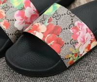 platos de york al por mayor-Nueva York venta caliente marca super diseñador sandalias plana famosa moda estilo caliente hombres sandalias mujeres sandalias tamaño 35-45GNB2