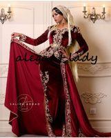 fiesta de terciopelo manga larga al por mayor-Karakou Moderne Borgoña terciopelo Prom vestidos formales con apliques de oro largo sobrefalda de encaje de manga árabe vestidos de noche de desgaste