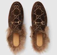 terciopelo bordado al por mayor-2019 Velvet Slipper Mules Real Leather Princetown Slipper Bombas bordadas Sandalias Zapatillas Mocasines Zapatos