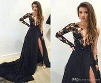 vestido de encaje negro lados al por mayor-2019 Nuevo lado negro Dividir vestidos de noche Sheer Neck Lace Applique Mermaid Prom Dress Court Train Barato formal Red Carpet Party Vestidos 2018