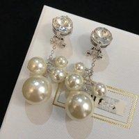 inci küpe dangle küpeler toptan satış-Lüks Yuvarlak Kristal Beyaz Inci Püskül Uzun Dangle Bırak Klip Küpe Kadınlar Takı Için