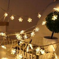 luces colgantes de batería al por mayor-LED Garland Holiday Snowflakes String Luces de hadas Adornos colgantes con batería Christmas Tree Party Home Decor