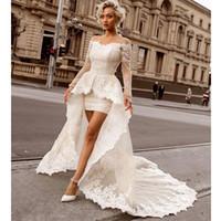 westliche spalte brautkleider großhandel-Über dem Knie Mini Mantel Spitze Brautkleider mit abnehmbarem Zug Sexy Weg von der Schulter Langarm Braut Brautkleider