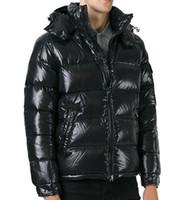 abrigos de moda en línea al por mayor-Moda de invierno Chaqueta de plumón Diseñador de la marca Chaquetas acolchadas Maya Ropa de hombre Cálido para hombre Abrigos para exteriores Venta en línea
