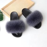 kadınlar sevimli sandaletler toptan satış-2019 Kadın Kürklü Terlik Bayanlar Sevimli Peluş Tilki Saç Tasarımcı Sandalet Flatforms Stokta Şık Ayakkabı
