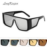 lentes amarillas al por mayor-LongKeeper Amarillo Gafas de visión nocturna Escudo Gafas de sol Hombres Mujeres Diseñador de la marca Espejo Lente de gran tamaño gafas de sol cuadradas deporte