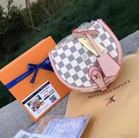 Wholesale best classic handbags resale online - Best selling new explosion models shoulder bag retro ladies fashion shoulder bag classic print Messenger bag handbag Size