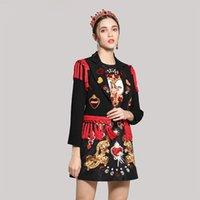 blazers floridas mulheres venda por atacado-Blazers casuais Preto Para As Mulheres Spring Runway Moda Beading Coração Lantejoulas Flores de Alta Qualidade Curto Vermelho Borla Jaquetas