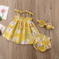 Wholesale 3pcs clothes online - Summer Sleeveless Yellow Floral Tops Bottom Headband Girl Clothing Cotton Outfits Newborn Baby Girls Clothes Set
