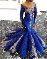 vestido dorado azul real largo al por mayor-2020 nuevos vestidos de noche de sirena de encaje con lentejuelas sexy fuera del hombro apliques dorados mangas largas vestido de fiesta fabulosos vestidos de desfile azul real