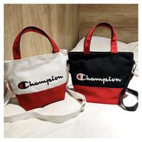 plaj çantaları fermuarlar toptan satış-Nakış şampiyonları mektubu çanta kanvas kemer omuz çantaları Kadın mini crossbody Tasarımcı seyahat plaj Alışveriş Fermuar Designe Tote C3156