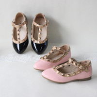 Wholesale shoes cutouts for sale - Group buy spring and summer PU leather princess shoes female child sandals cutout child single shoes breathable rivet t
