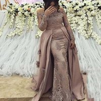 Wholesale applique ball gowns resale online - Sexy Appliques Ball Gown Evening Dresses Simple Long Sleeve Boat Neck Floor Length Satin Prom Gown robe de soiree