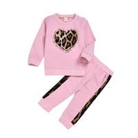 ropa de estampado de leopardo para niños al por mayor-Bebés leopardo Conjunto Impreso camisa de manga larga pantalones de dos piezas de los niños Ropa para niñas Ropa para Niños Establece 1-6T 07