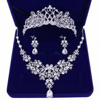 Wedding bride jewelry tiara necklace earrings set Korean tiara wedding diamond necklace set wedding accessories wholesale