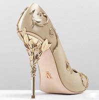 vestido de noche de zapatos burdeos al por mayor-Ralph Russo rosado / dorado / burdeos Zapatos de novia de boda cómodos de diseñador Zapatos de tacón de eden de seda para la fiesta de la boda de la noche Zapatos de vestido de fiesta